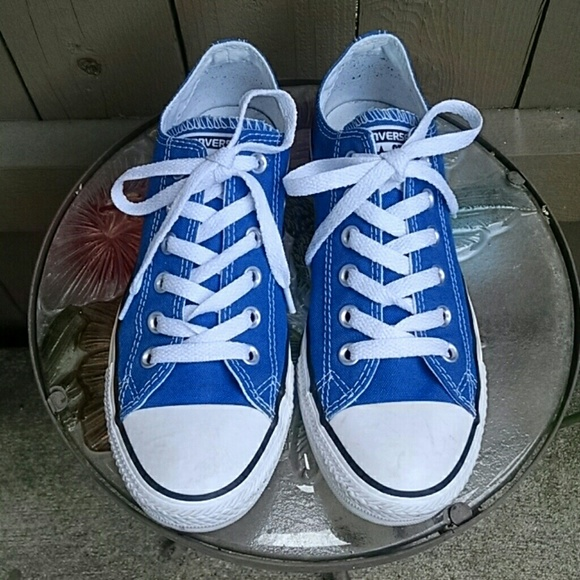 32a9a276cc79 Converse Shoes - Blue Hero Converse unisex Chuck Taylor low tops